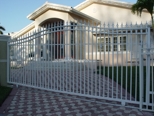 Wrought Iron Gate Driveway Outdoor Aluminum Gate Design