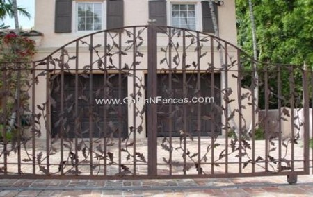 Driveway Gate The Great Vine
