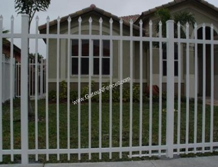 Fence Plain Picket Residential